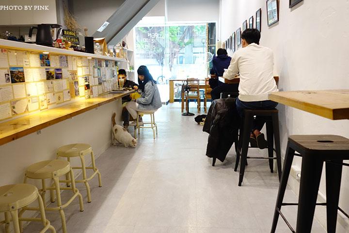 【草屯咖啡館】甜客思Thanks寵物咖啡館。喝咖啡、嚐甜食、還有阿登喵星人坐陪!-DSC08746.jpg