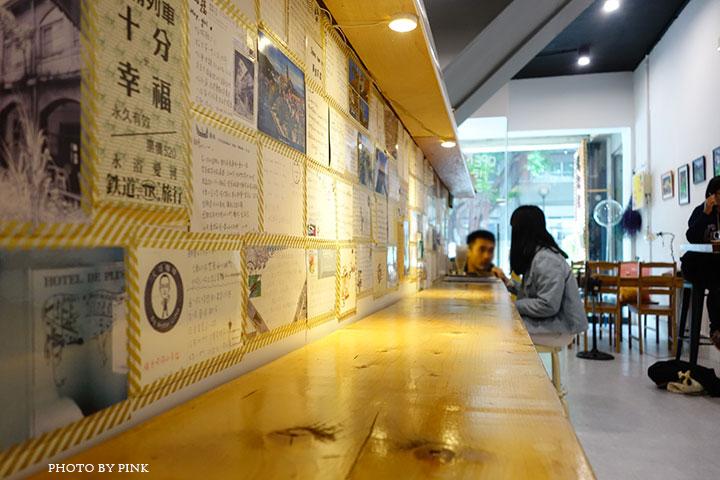 【草屯咖啡館】甜客思Thanks寵物咖啡館。喝咖啡、嚐甜食、還有阿登喵星人坐陪!-DSC08750.jpg