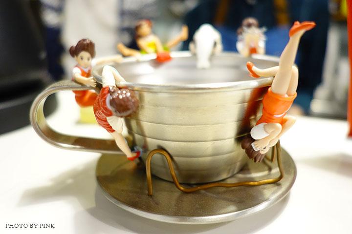 【草屯咖啡館】甜客思Thanks寵物咖啡館。喝咖啡、嚐甜食、還有阿登喵星人坐陪!-DSC08768.jpg