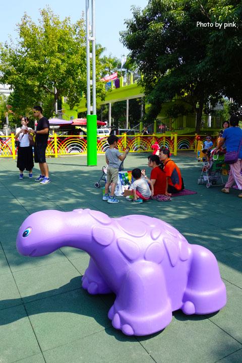 【草屯景點】草屯兒童樂園。摩天輪、彩色球池、馬車等好玩設施讓小朋友玩翻天!-DSC00449.jpg