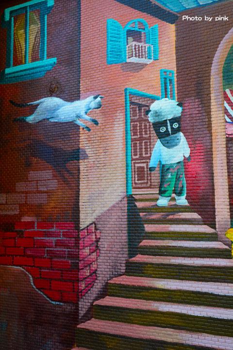 【台中太平景點】太平區公所石虎彩繪牆。3D立體的石虎家族彩繪,超萌可愛又吸睛!-DSC_8879.jpg
