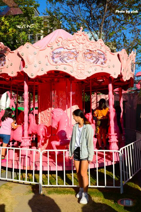 【台中西區景點】草悟廣場.粉紅樂園。粉紅炫風來襲,讓你少女心大噴發!(期間限定)-DSC_9201.jpg