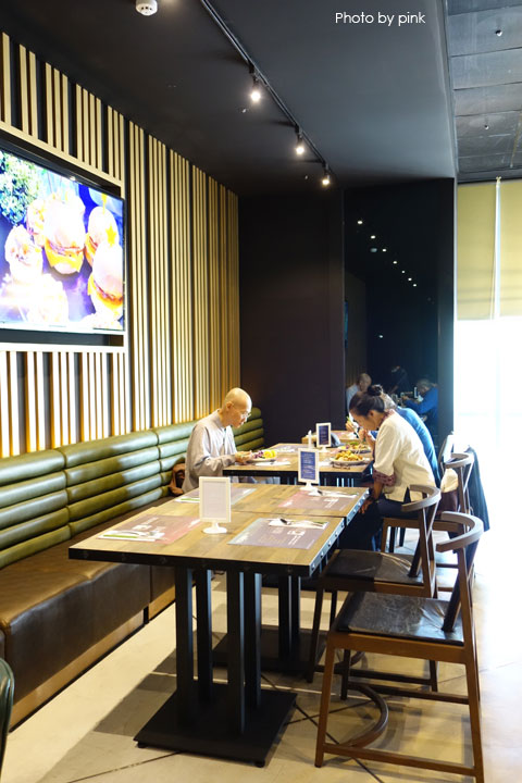 【台中南屯區蔬食餐廳】天菜豐巢VeGood蔬食百匯。多樣化蔬食料理吃到飽,就在秀泰文心3F