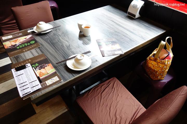 【台中西區蔬食餐廳】寶達茶餐廳(養生素食館)。素食也有港式風味,來自香港的在地味!-DSC08311.jpg