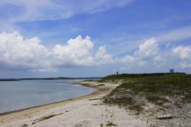 鉤狀沙嘴沙灘