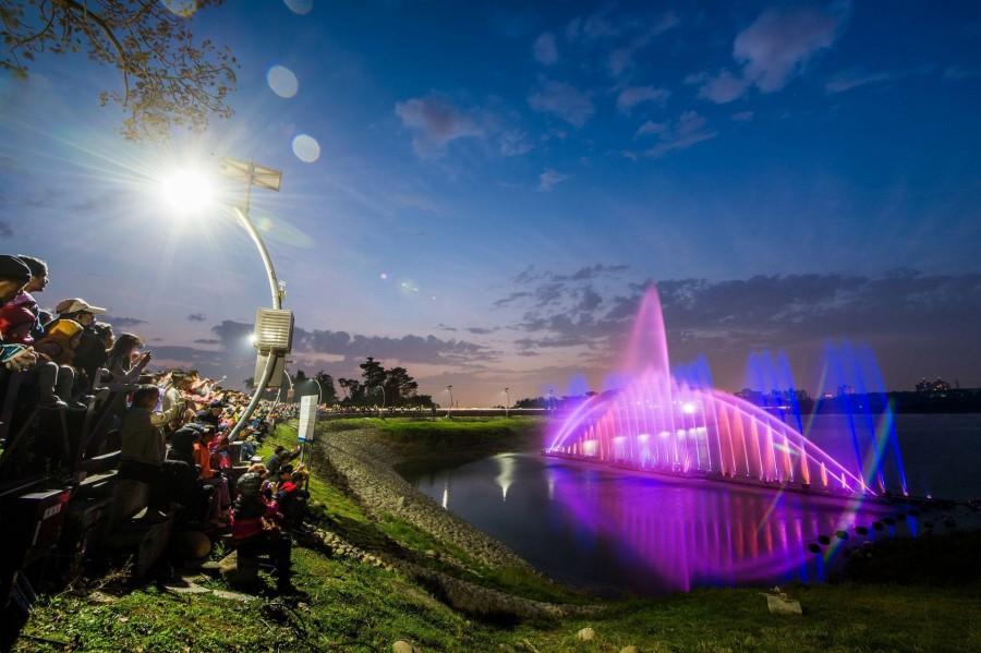 蘭潭音樂噴泉